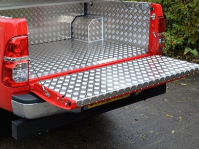 Toyota Hilux Mk6 & Mk7 Aluminium Checkerplate Tailgate Liner